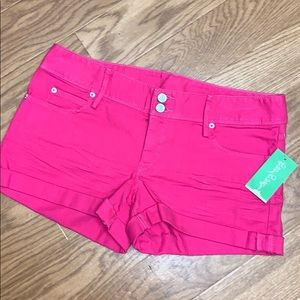 NWT Lilly Pulitzer bright pink denim Kelli shorts